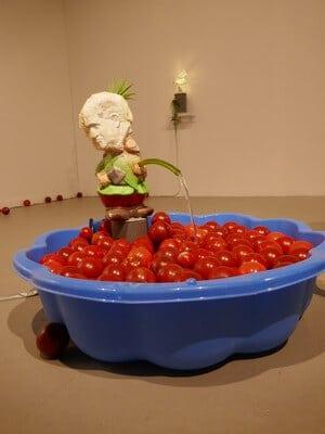 מיצג בתערוכה, גלריה זוזו, אומנות במרכז הארץ