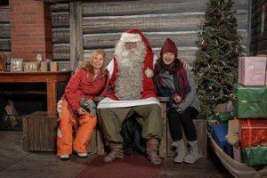 סנטה קלאוס פוגש תיירים