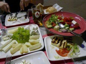 פלטת אוכל יווני, יוצאים מהקופסא