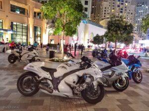 רכבי יוקרה בדובאי, מכוניות, אופנועים להשכרה או צילום