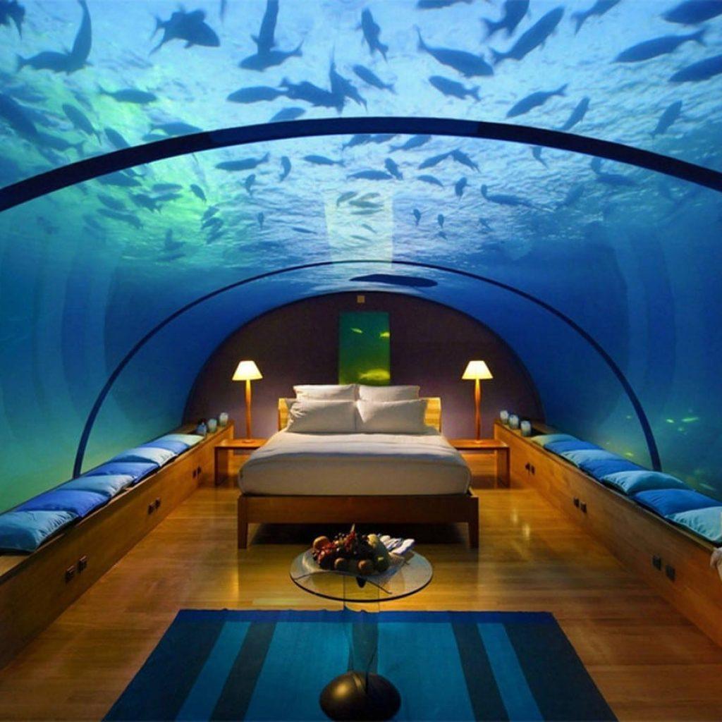 hotel dubai atlantis במלון אטלנטיס תוכלו לישון בחדר תת מימי