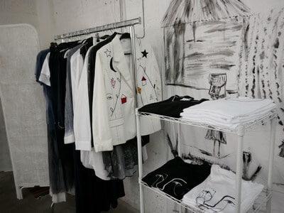 עיצוב ותפירת בגדים, סיור בתל אביב
