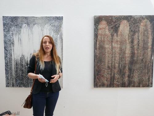 אומנות היא חוויה ללא גבולות. הצגה של המתרחש בראשה של היוצרת