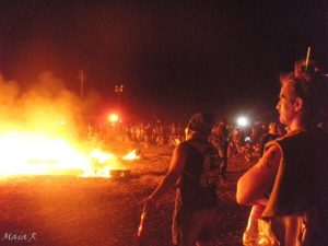 שריפת מיצג ענק שנבנה בהתנדבות כל מה שחם