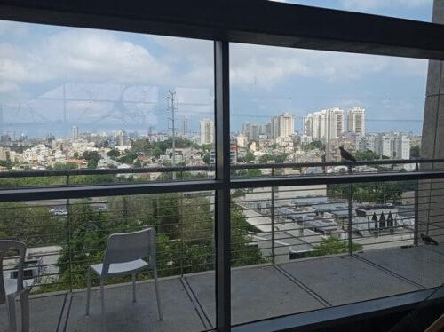 מקמות לטייל-מוזיאונים בתל אביב, ביקור במוזיאון, תערוכת אומנות ומדע